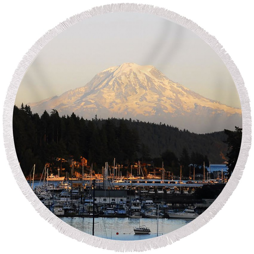 Gig Harbor Washington Round Beach Towel featuring the photograph Gig Harbor by David Lee Thompson