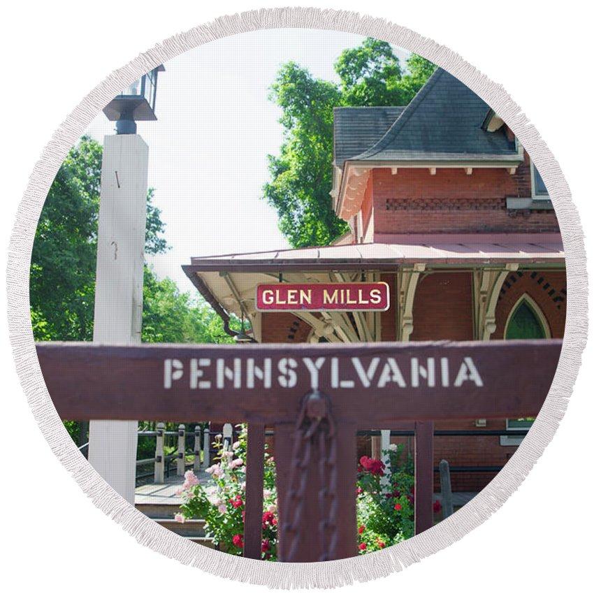 Glen Round Beach Towel featuring the photograph Glen Mills Pennsylvania by Bill Cannon