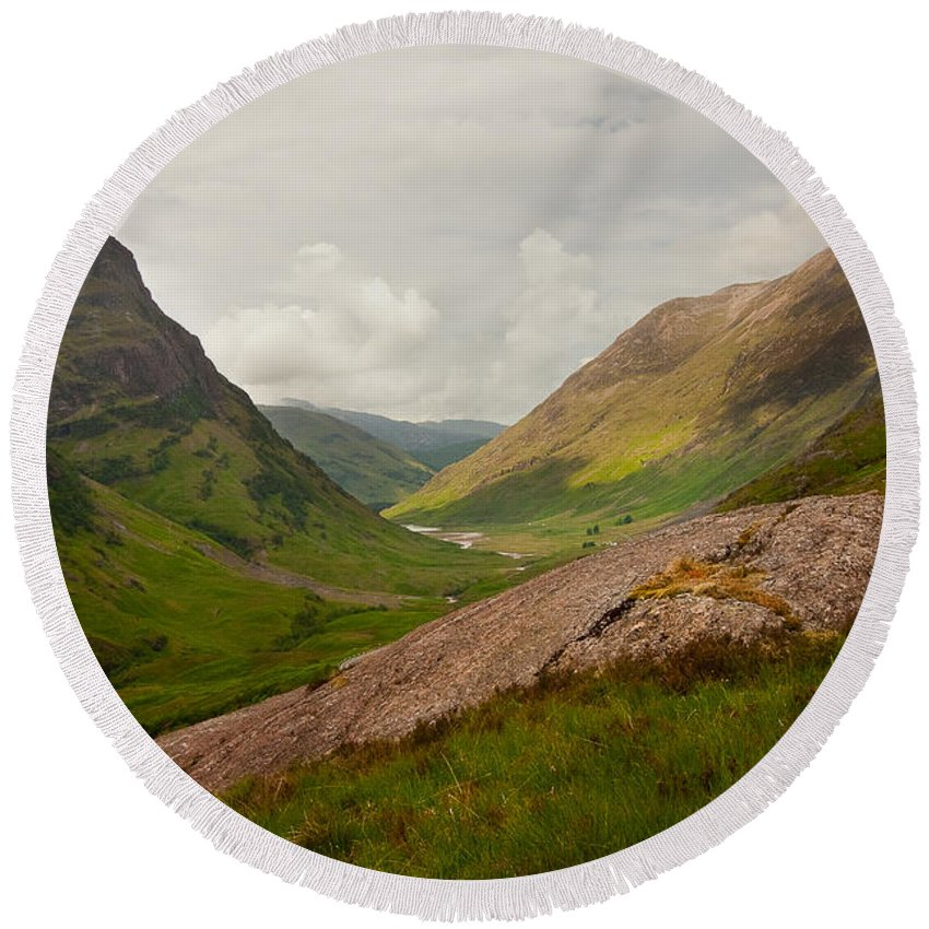 Scotland Round Beach Towel featuring the photograph Glencoe Morning by Colette Panaioti