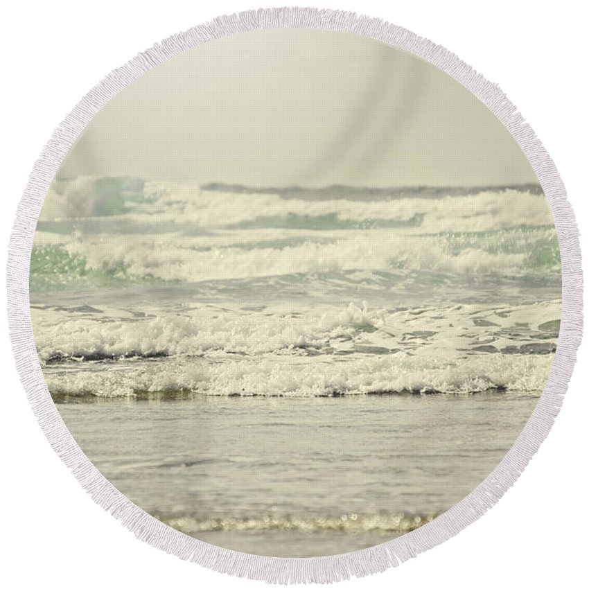 Ocean Round Beach Towel featuring the photograph Glorious Sounds by Janie Johnson