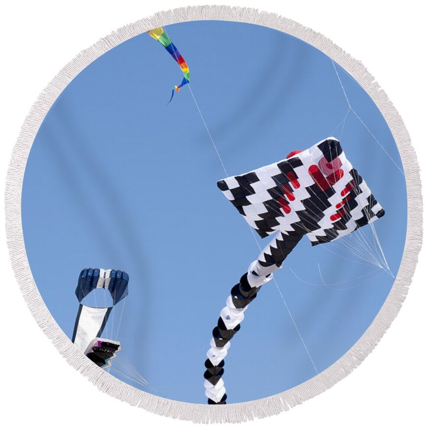 Tranquil Scene Round Beach Towel featuring the photograph Go Fly A Kite by Anthony Totah