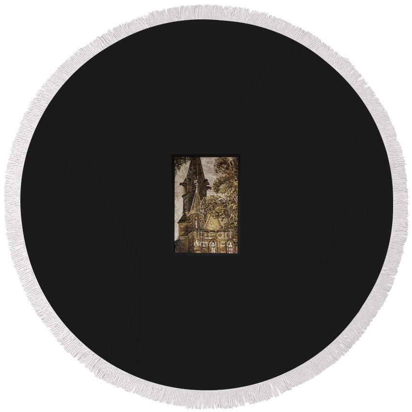 Round Beach Towel featuring the painting Gold Thun Castle by Pablo de Choros