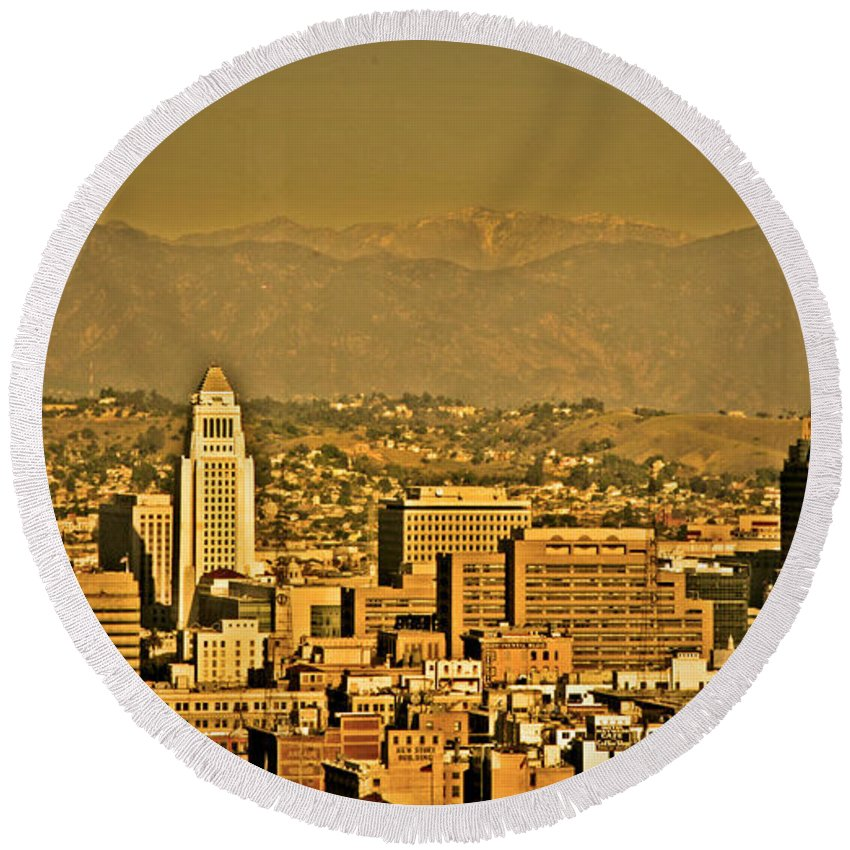 Los Angeles City Hall Round Beach Towel featuring the photograph Golden City Hall La by Chris Brannen