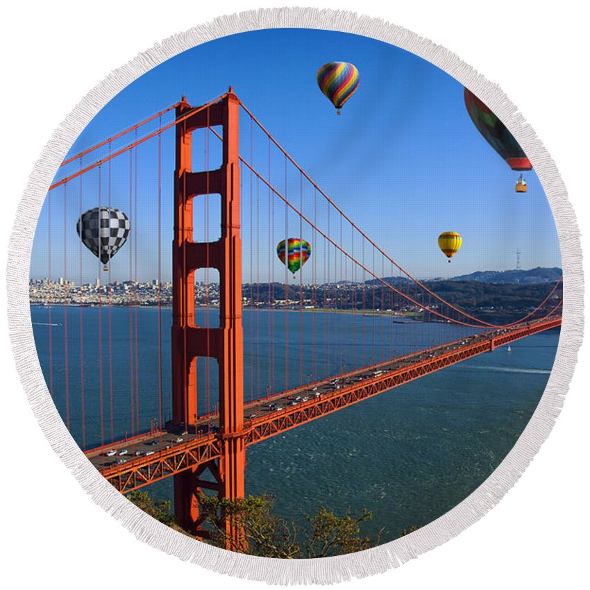 Goden Gate Bridge Round Beach Towel featuring the photograph The City Of Dreams by Karl Knox Images