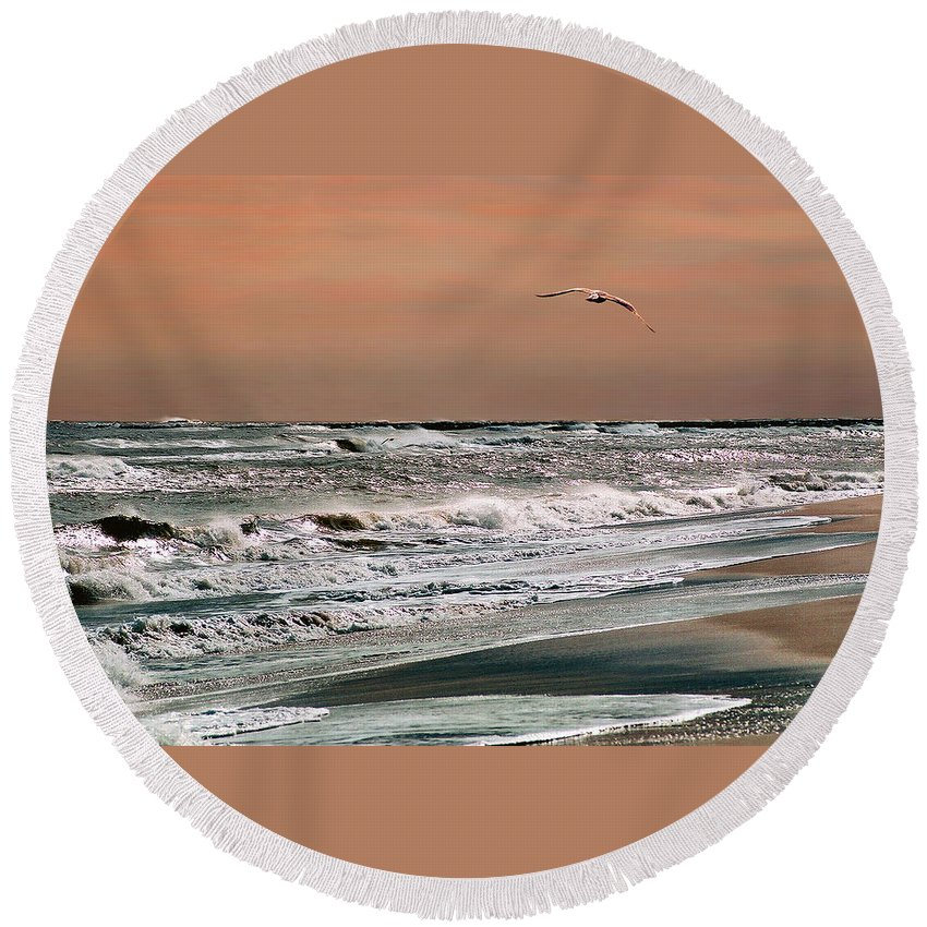 Seascape Round Beach Towel featuring the photograph Golden Shore by Steve Karol