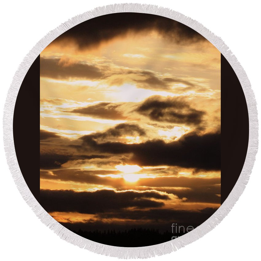 Golden Sunset Round Beach Towel featuring the photograph Golden Sunset by Carol Groenen