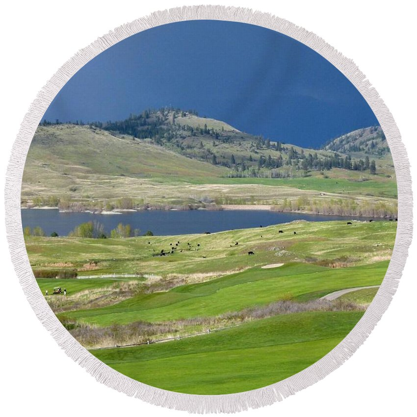 Golfing Round Beach Towel featuring the photograph Golfing And Grazing by Will Borden