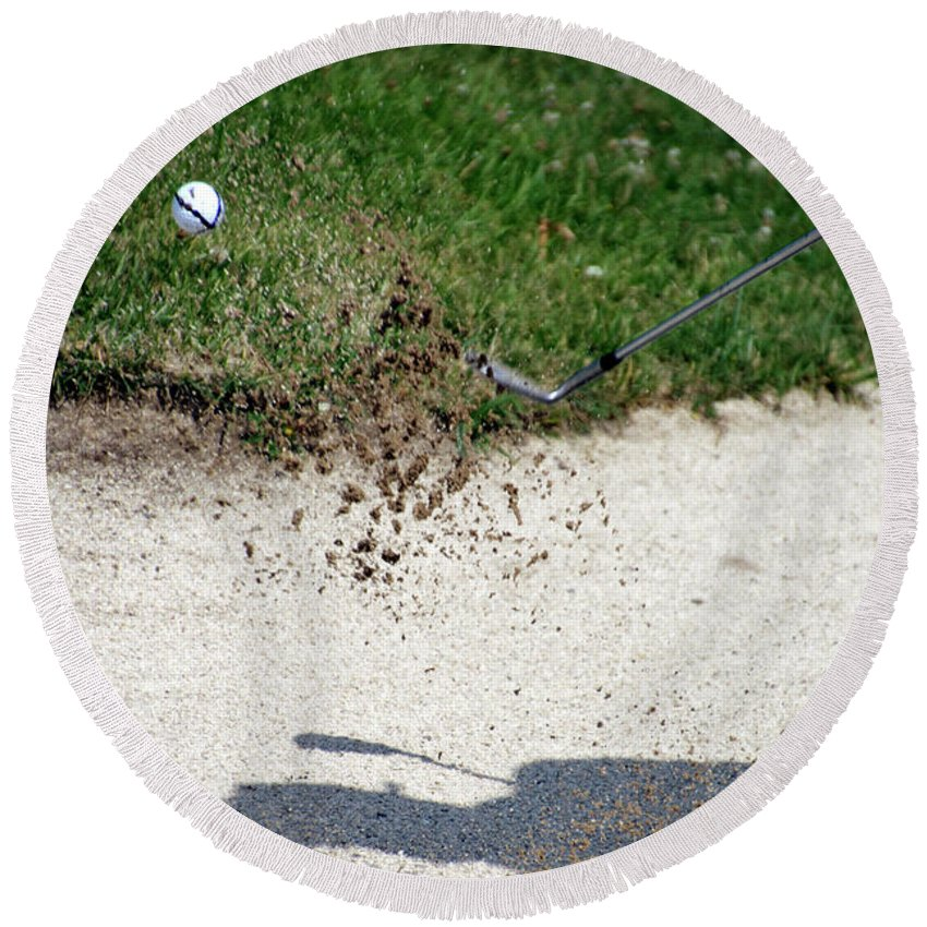 New York Round Beach Towel featuring the photograph Golfing Sand Trap The Ball In Flight 01 by Thomas Woolworth