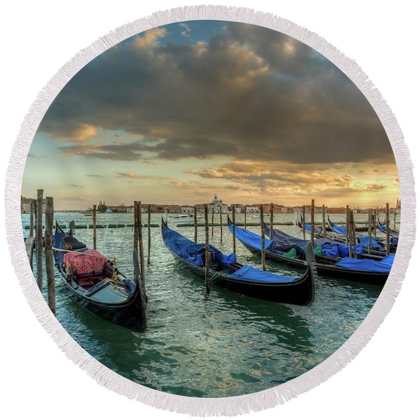 Waterscape Round Beach Towel featuring the photograph Gondolas Parked For The Evening by Mike Houghton BlueMaxPhotography