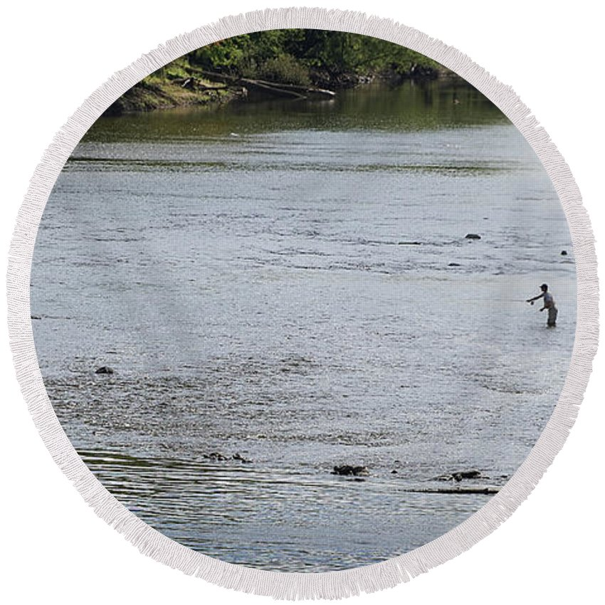 River Round Beach Towel featuring the photograph Good Day To Fish by Bill Lere