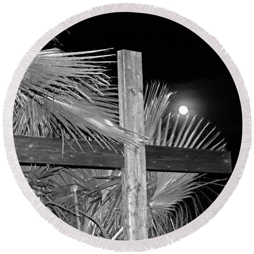 Christ Round Beach Towel featuring the photograph Good Friday In Black And White by Carl Deaville