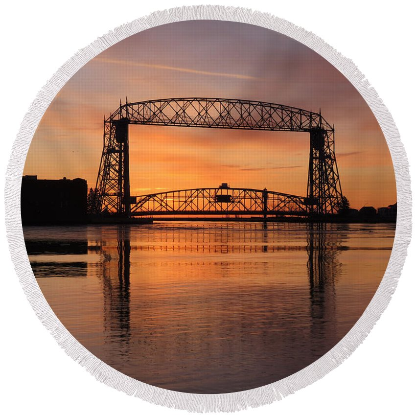 Aerial Lift Bridge Round Beach Towel featuring the photograph Good Friday Morning by Alison Gimpel