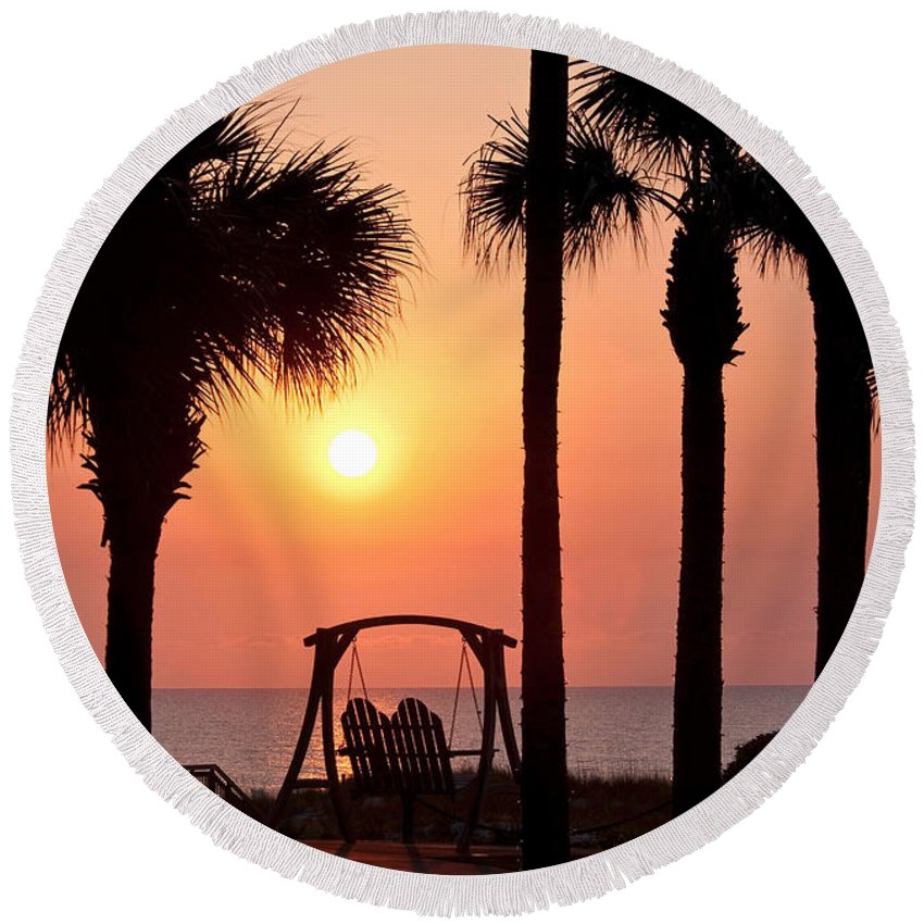 Sunrise Round Beach Towel featuring the photograph Good Morning by Steven Sparks