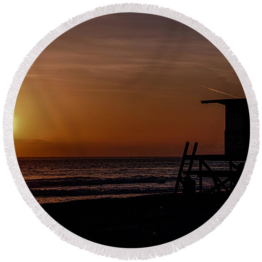 Newport Beach Round Beach Towel featuring the photograph Good Night Newport Beach by Tommy Anderson