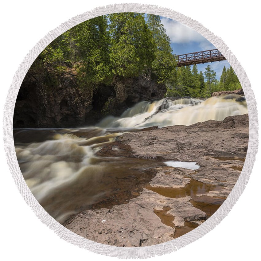 Waterfall Round Beach Towel featuring the photograph Gooseberry Fifth Falls 9 by John Brueske