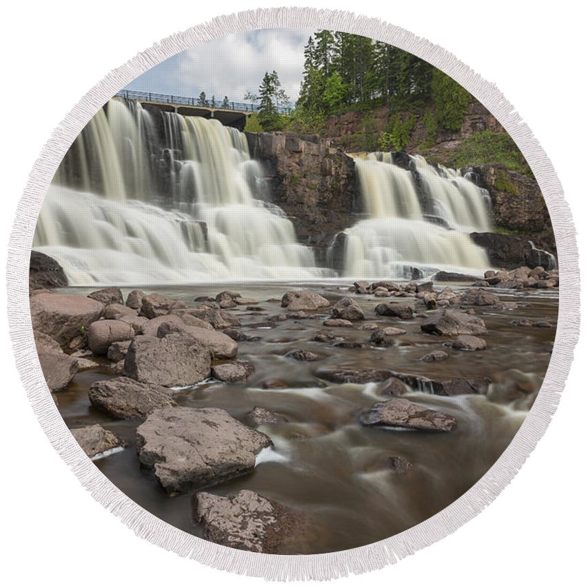 Waterfall Round Beach Towel featuring the photograph Gooseberry Middle Falls 24 by John Brueske