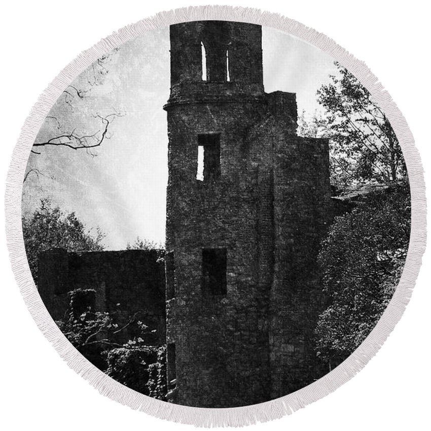 Irish Round Beach Towel featuring the photograph Gothic Tower At Blarney Castle Ireland by Teresa Mucha