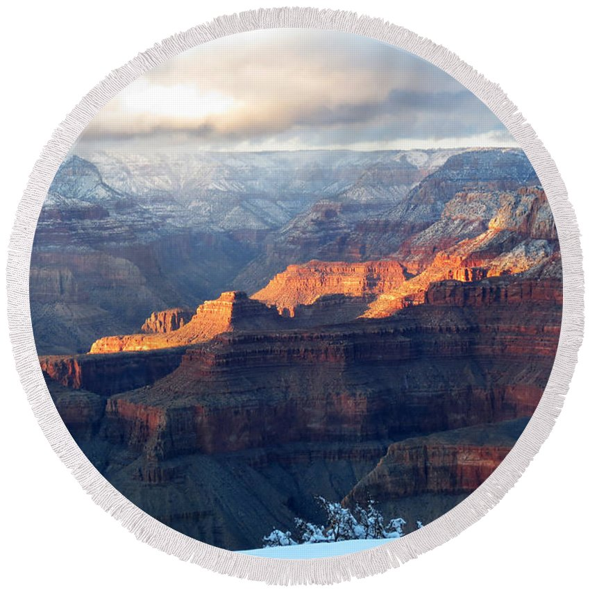 Grand Canyon Round Beach Towel featuring the photograph Grand Canyon With Snow by Laurel Powell