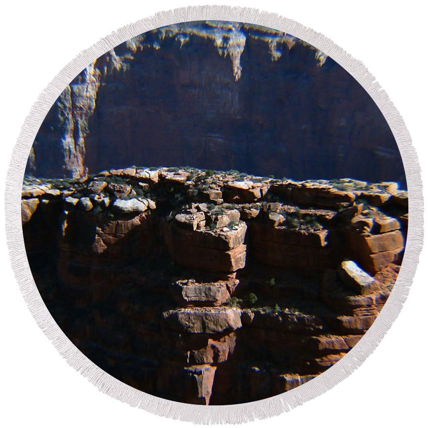 Pat Turner Round Beach Towel featuring the photograph Grand Rock by Pat Turner