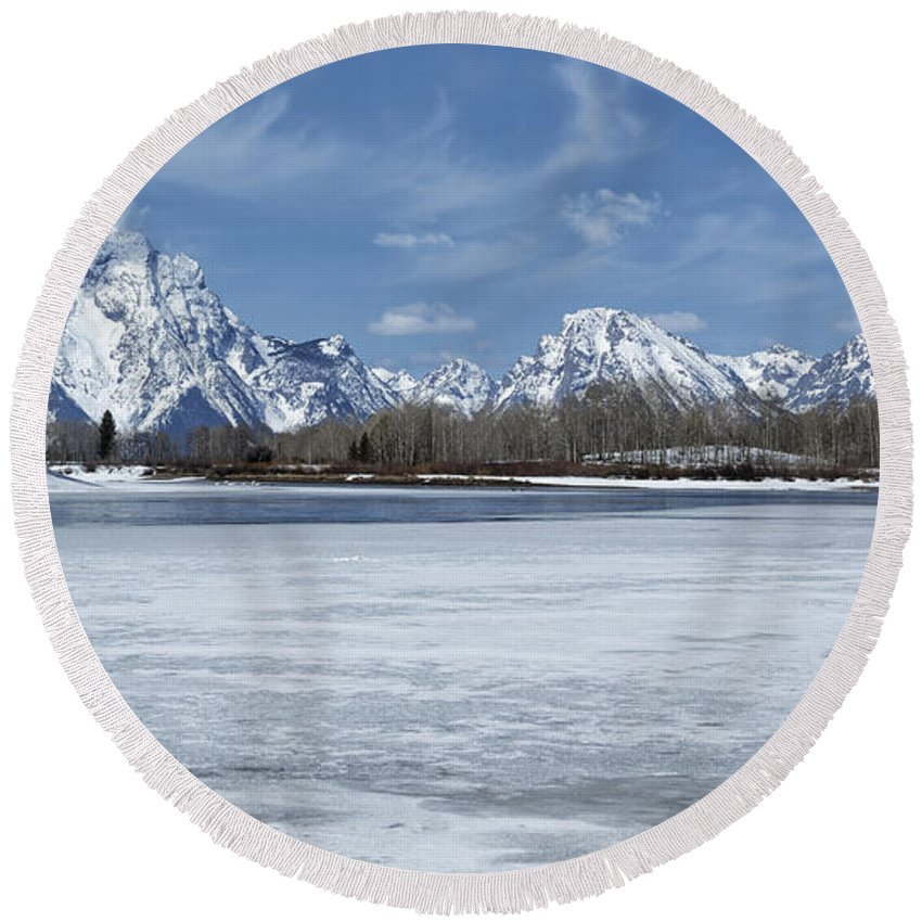 Grand Tetons Round Beach Towel featuring the photograph Grand Tetons And Snake River From Oxbow Bend 16-9 by Belinda Greb