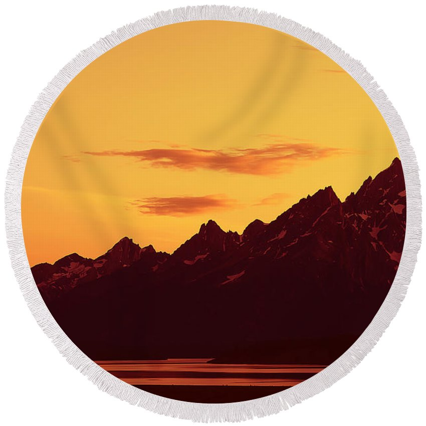 Mountains Round Beach Towel featuring the photograph Grand Tetons Sunset by Teresa Zieba