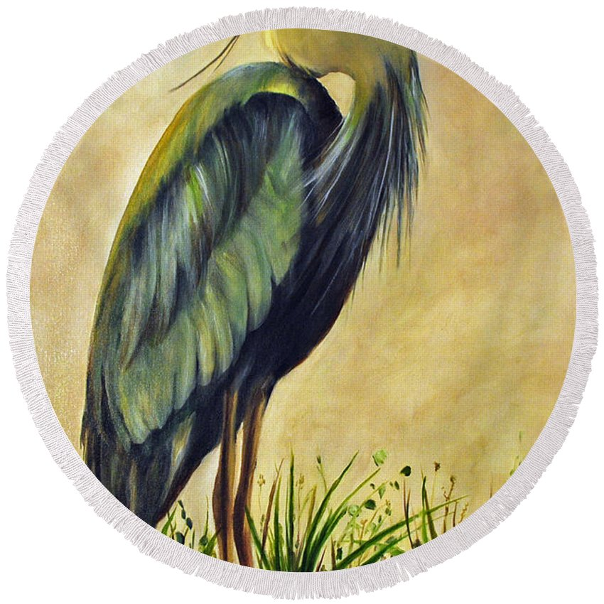 Egert Round Beach Towel featuring the painting Great Blue Heron by Carolyn Shireman