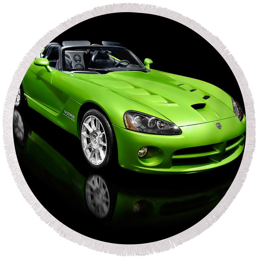 Dodge Viper Round Beach Towel featuring the photograph Green 2008 Dodge Viper Srt10 Roadster by Maxim Images Prints
