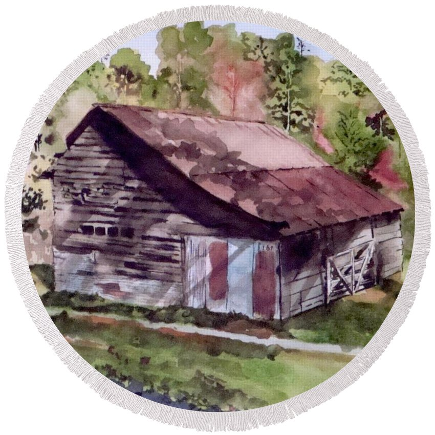 Barns Round Beach Towel featuring the painting Green Creek Barn by Jean Blackmer