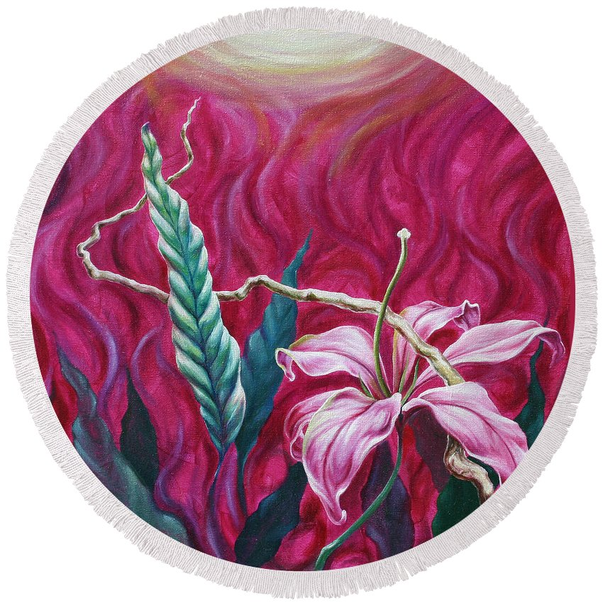 Round Beach Towel featuring the painting Green Leaf by Jennifer McDuffie