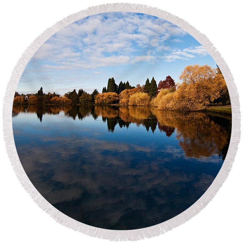 Greenlake Round Beach Towel featuring the photograph Greenlake Fall Reflections by Mike Reid