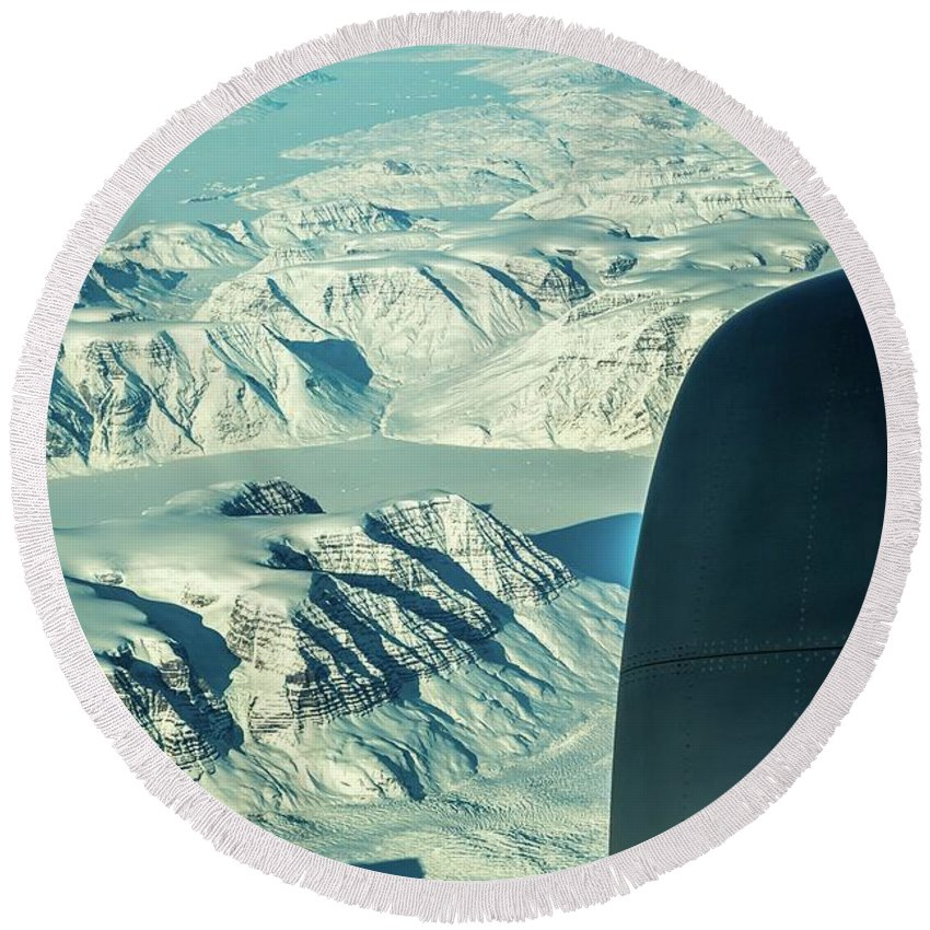 Landscape Round Beach Towel featuring the photograph Greenland From Flight Level 380 by Mike Houghton BlueMaxPhotography