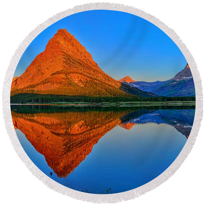 Grinnell Point Round Beach Towel featuring the photograph Grinnell Point Alpenglow Panorama by Greg Norrell