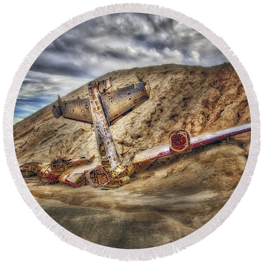 Air Plane Round Beach Towel featuring the photograph Grounded Plane Wreck by Susan Candelario
