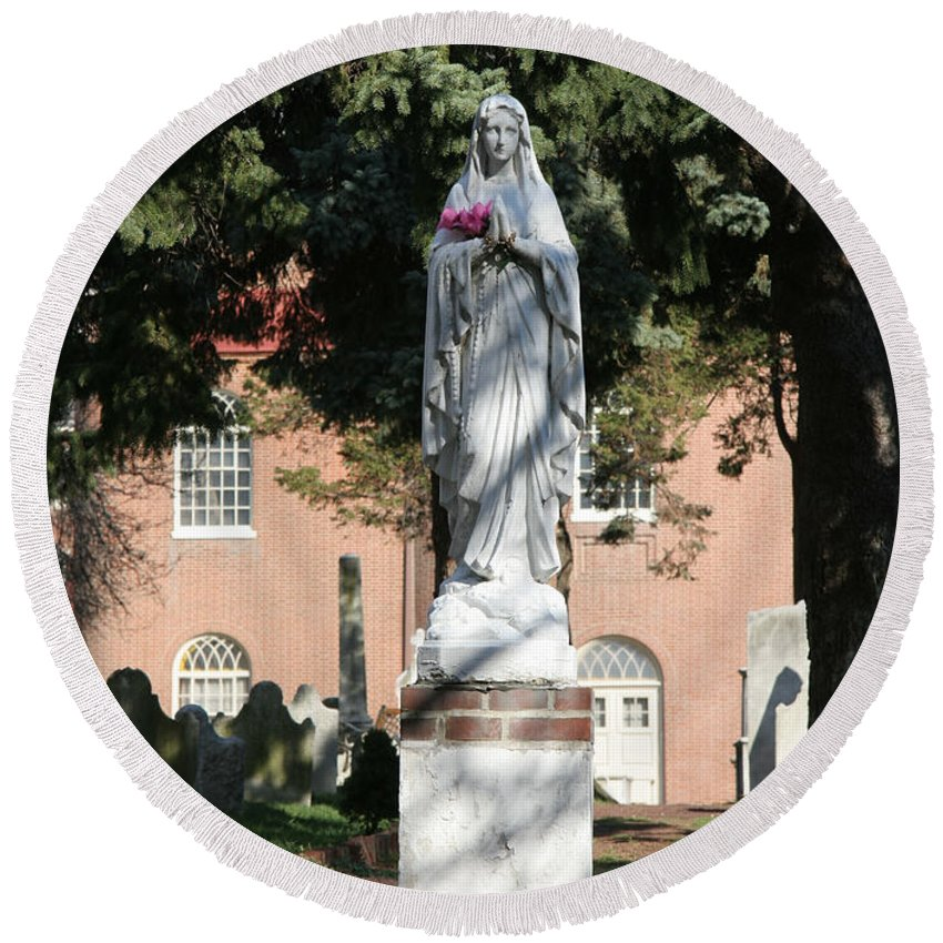 Guardian Round Beach Towel featuring the photograph Guardian Of The Cemetery by Clay Cofer
