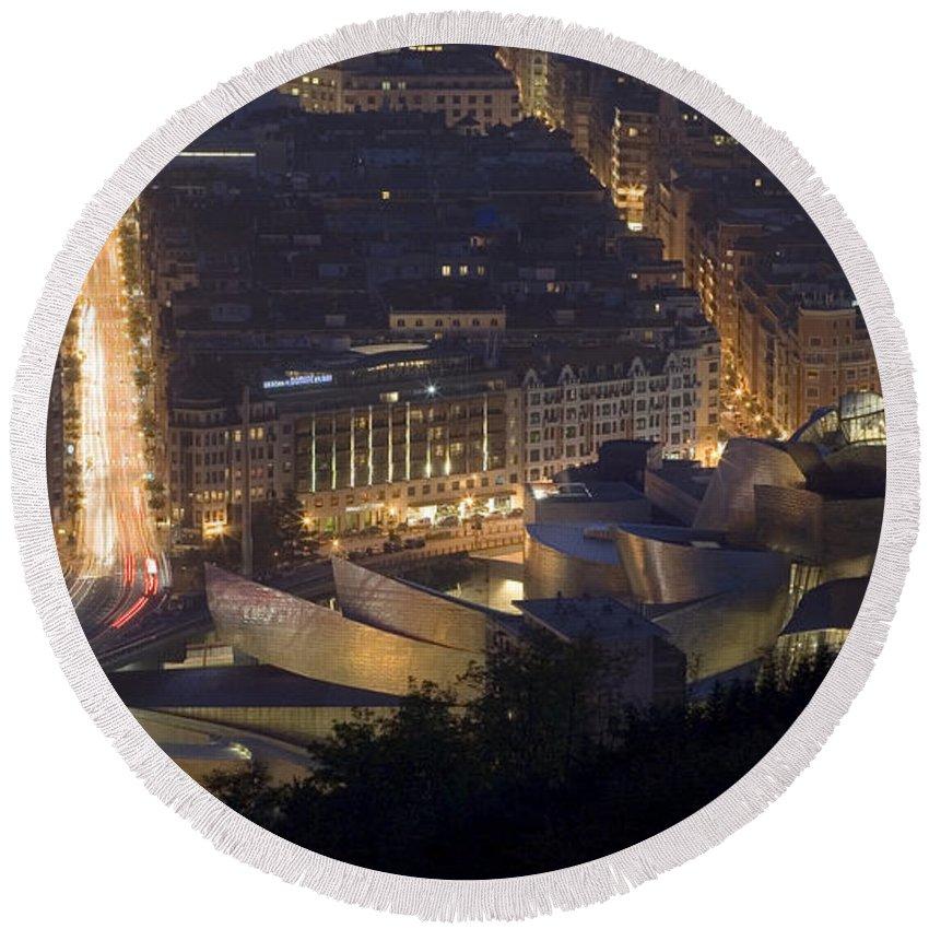 Spain Round Beach Towel featuring the photograph Guggenheim At Night II by Rafa Rivas