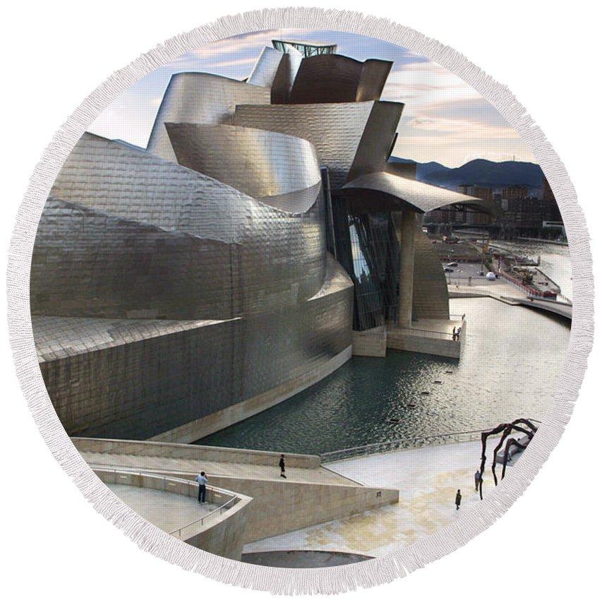 Spain Round Beach Towel featuring the photograph Guggenheim Bilbao Museum by Rafa Rivas