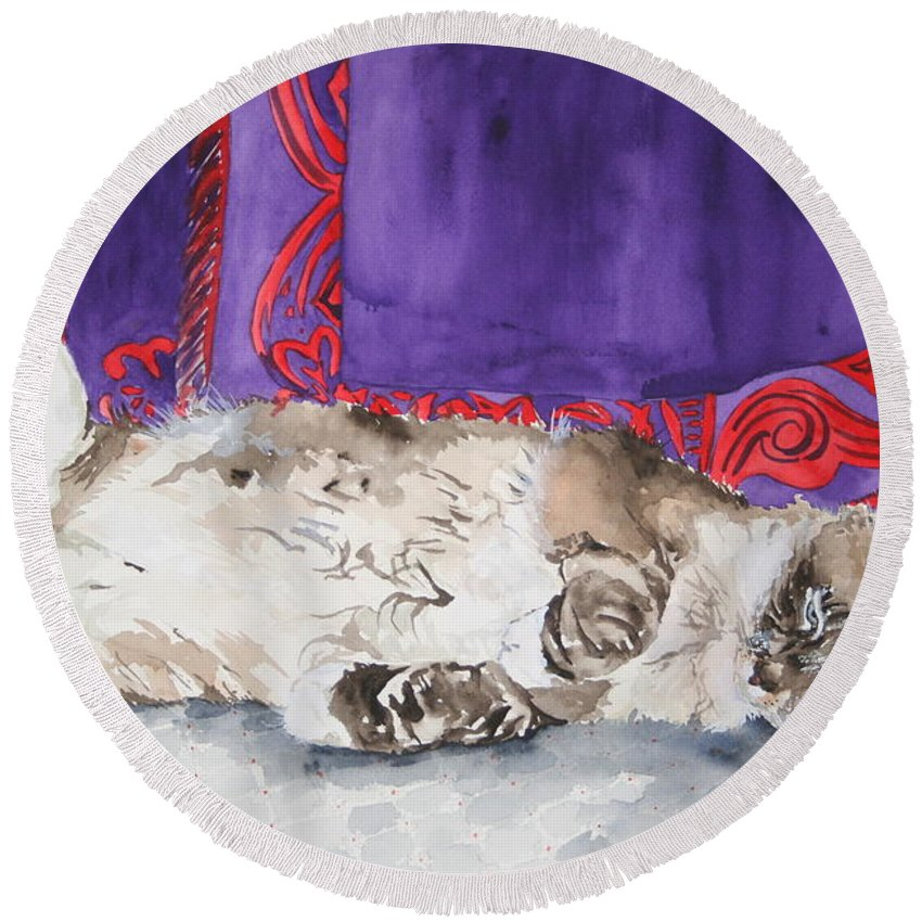 Cat Round Beach Towel featuring the painting Guilley by Jean Blackmer