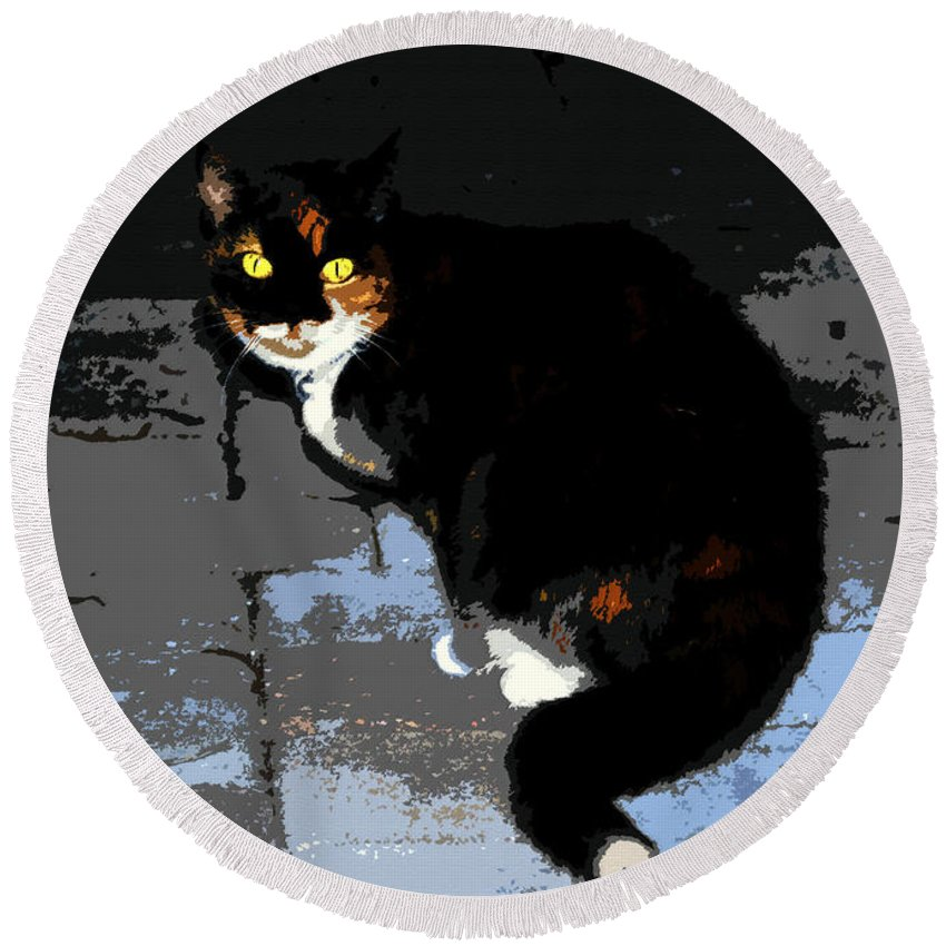 Halloween Round Beach Towel featuring the painting Halloween Cat by David Lee Thompson