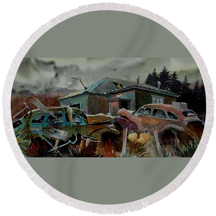 Cars Round Beach Towel featuring the painting Halloween On The Hill by Ron Morrison