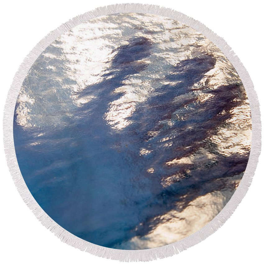 Clay Round Beach Towel featuring the photograph Hand Out by Clayton Bruster