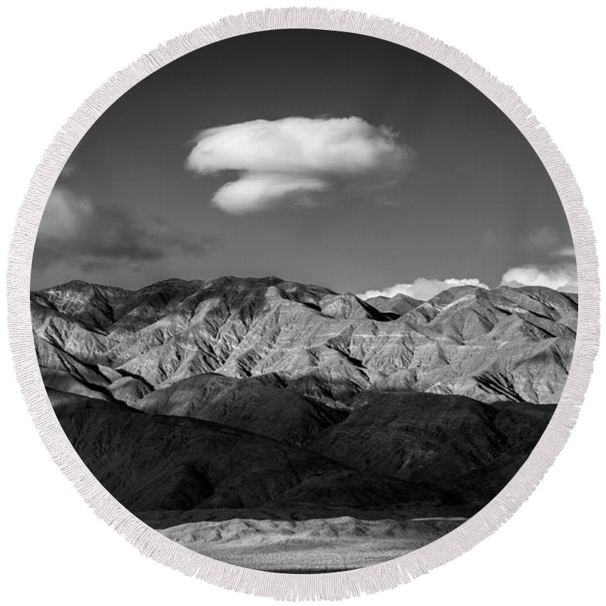 Anza-borrego Desert Round Beach Towel featuring the photograph Happy Cloud by Peter Tellone