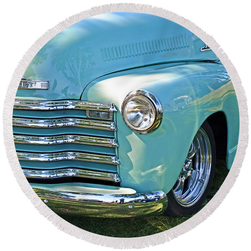 Fifties Chevy Round Beach Towel featuring the photograph Happy Days by Gill Billington