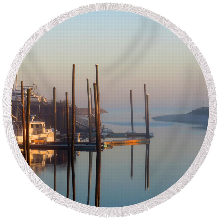 Sunrise Round Beach Towel featuring the photograph Harbor In Fog by Dianne Cowen