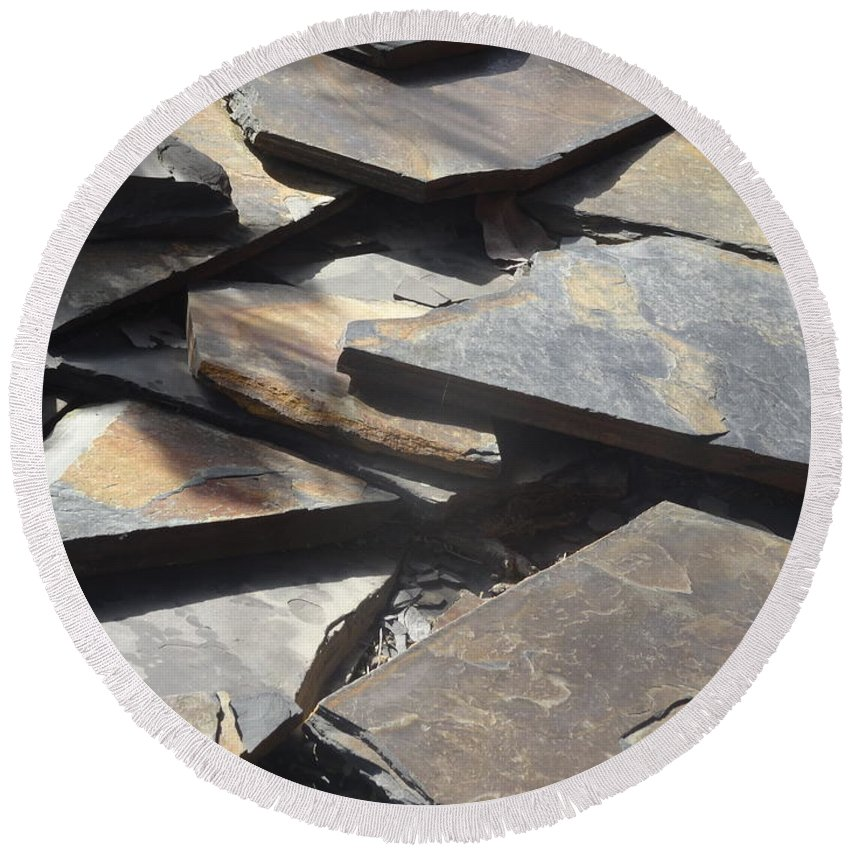 Slate Round Beach Towel featuring the mixed media Hard Edge by Richard Laeton