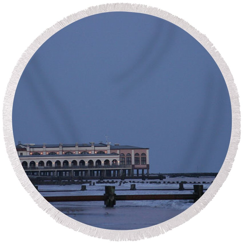 Ocean City Round Beach Towel featuring the photograph Harvest Moon by Kevin Haughey