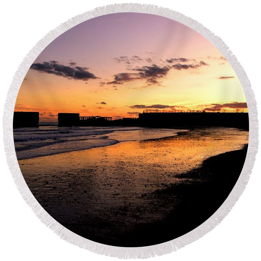 Hastings Round Beach Towel featuring the photograph Hastings Harbour Arm At Sunset by Lee Sulsh