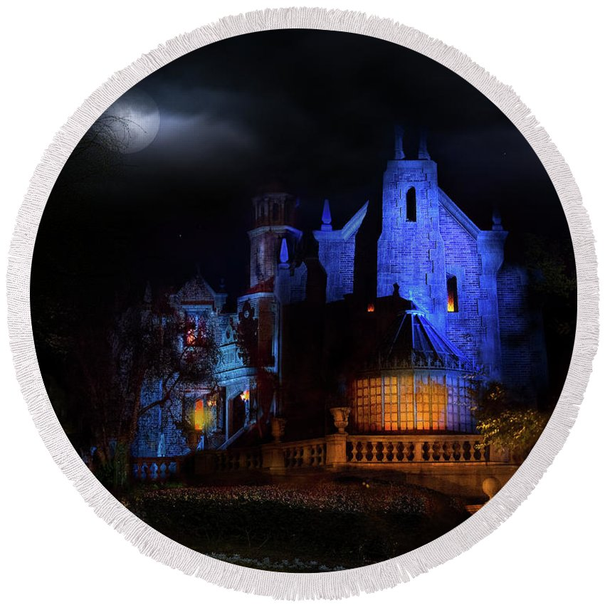 Disney Haunted Mansion Round Beach Towel featuring the photograph Haunted Mansion At Walt Disney World by Mark Andrew Thomas
