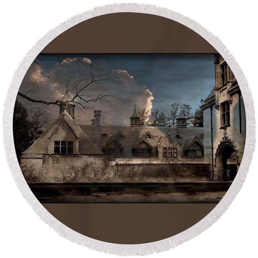Stable Round Beach Towel featuring the photograph Haunted Stable by Fran J Scott