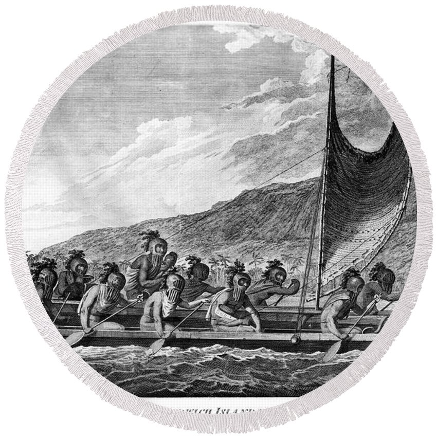 1779 Round Beach Towel featuring the photograph Hawaii: Canoe, 1779 by Granger