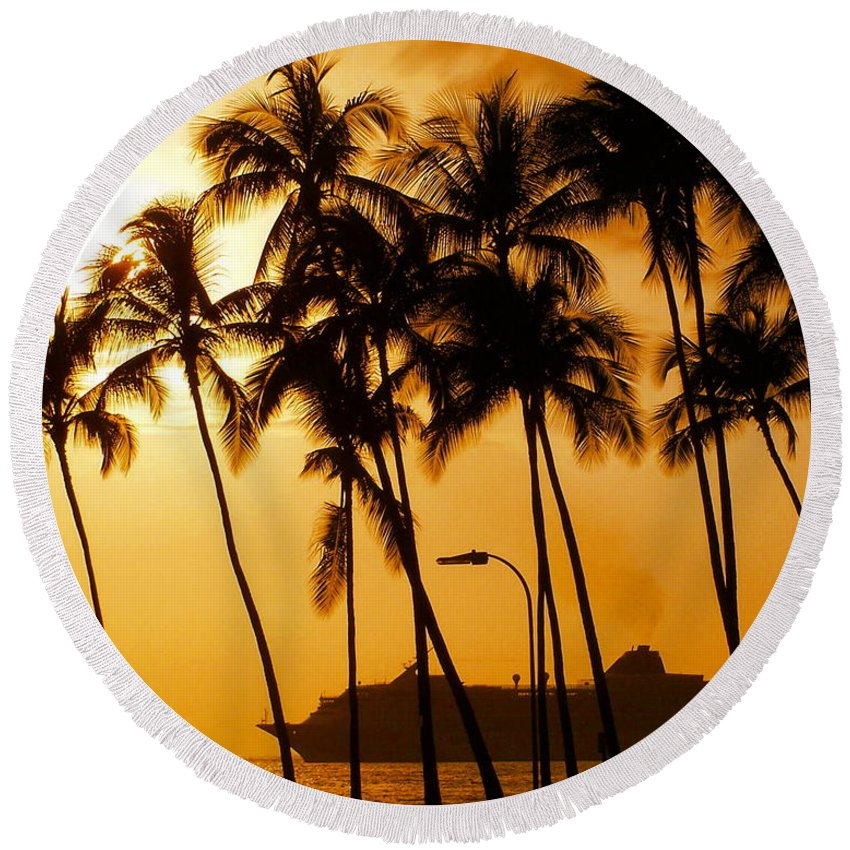 Landscape Round Beach Towel featuring the photograph Hawaiian Cruise by Athala Carole Bruckner